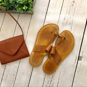 Born Brown Leather Toe Sandals